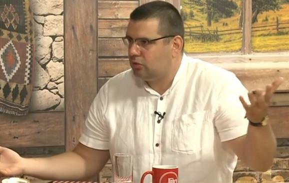 Advokat Dragoslav Ljubičanović