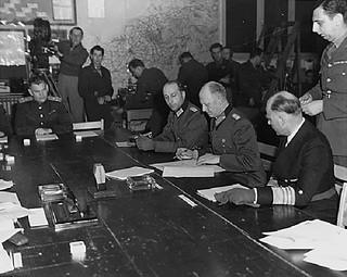 72 lata temu kapitulacja III Rzeszy zakończyła wojnę w Europie