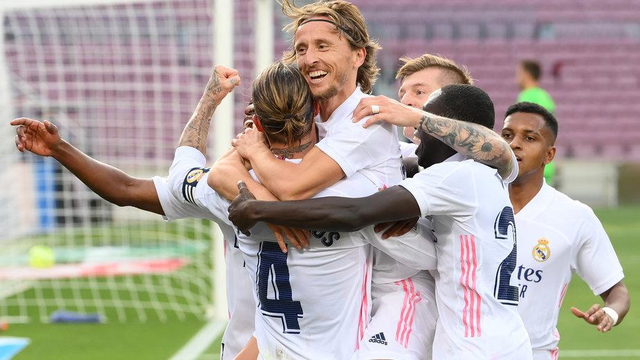 Piłkarze Realu Madryt mają powody do radości po El Clásico (3:1).