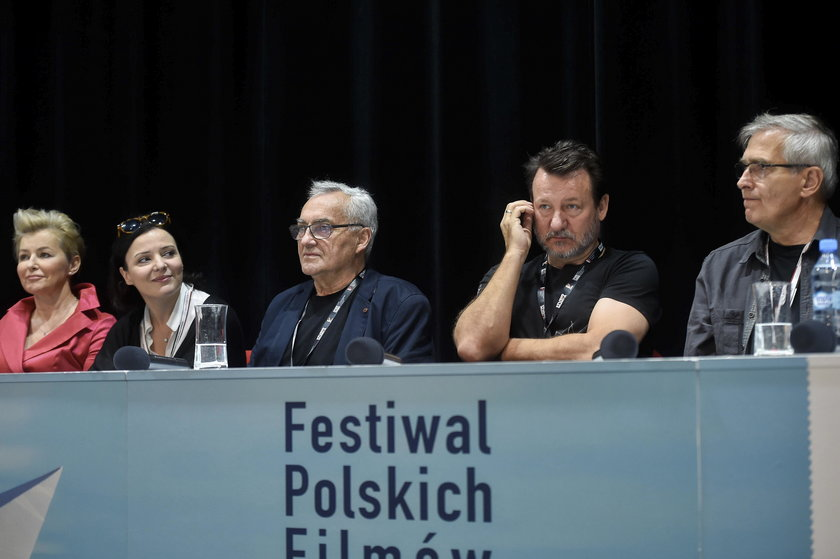Janusz Kondratiuk na konferencji prasowej