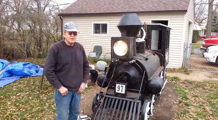539341_lokomotiva-rostilj-foto-youtube-janet-califf-1