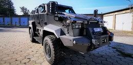 Ten wóz pancerny to prawdziwy potwór! I powód do dumy policji