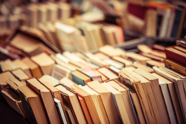 Zwycięzca tegorocznego rankingu - Biblioteka Publiczna w Sianowie - działa od 67 lat, od czterech lat ma nową siedzibę. Placówka wyposażona jest w nowoczesny sprzęt multimedialny, ma czytelnię internetową, stanowiska do odsłuchu e-booków, infokioski oraz stanowiska z iPadami.