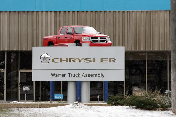Pozbawionemu płynności finansowej Chryslerowi groziło ogłoszenie jeszcze w tym roku bankructwa. Fot. Bloomberg
