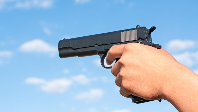USA: Mężczyzna prezentował broń w kościele. Postrzelił siebie i żonę
