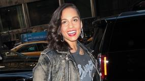 Alicia Keys bez makijażu na okładce popularnego magazynu. Jesteśmy pod wrażeniem!