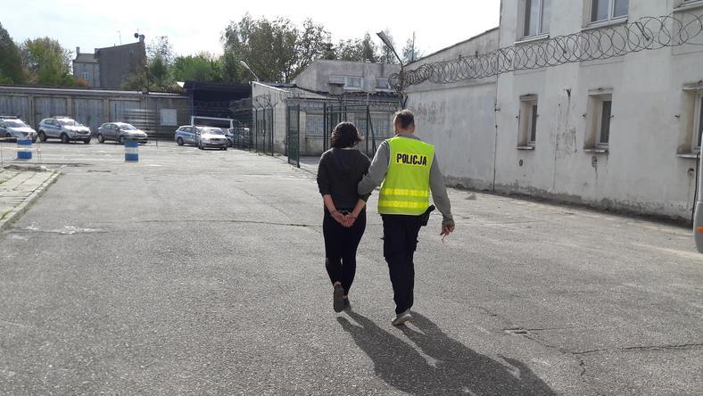 Matce, która kompletnie pijana wiozła niemowlę, grozi do pięciu lat więzienia