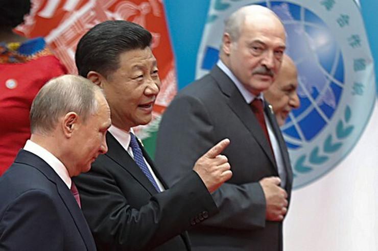 Vladimir Putin, Si Đinping i Aleksandar Lukašenko profimedia-0374403327