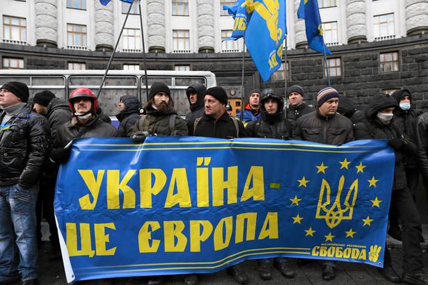 Protestujący w Kijowie Ukraińcy zapowiadają, że nie zrezygnują, dopóki nie zmienią się władze kraju.