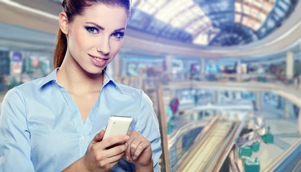 Jeśli mamy problemy z usługami telekomunikacyjnymi, a więc telefonem, internetem lub telewizją, najpierw kontaktujemy się z dostawcą tych usług.