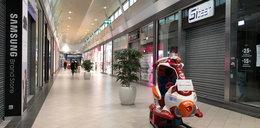 Rząd ponownie zamyka galerie handlowe i hotele!