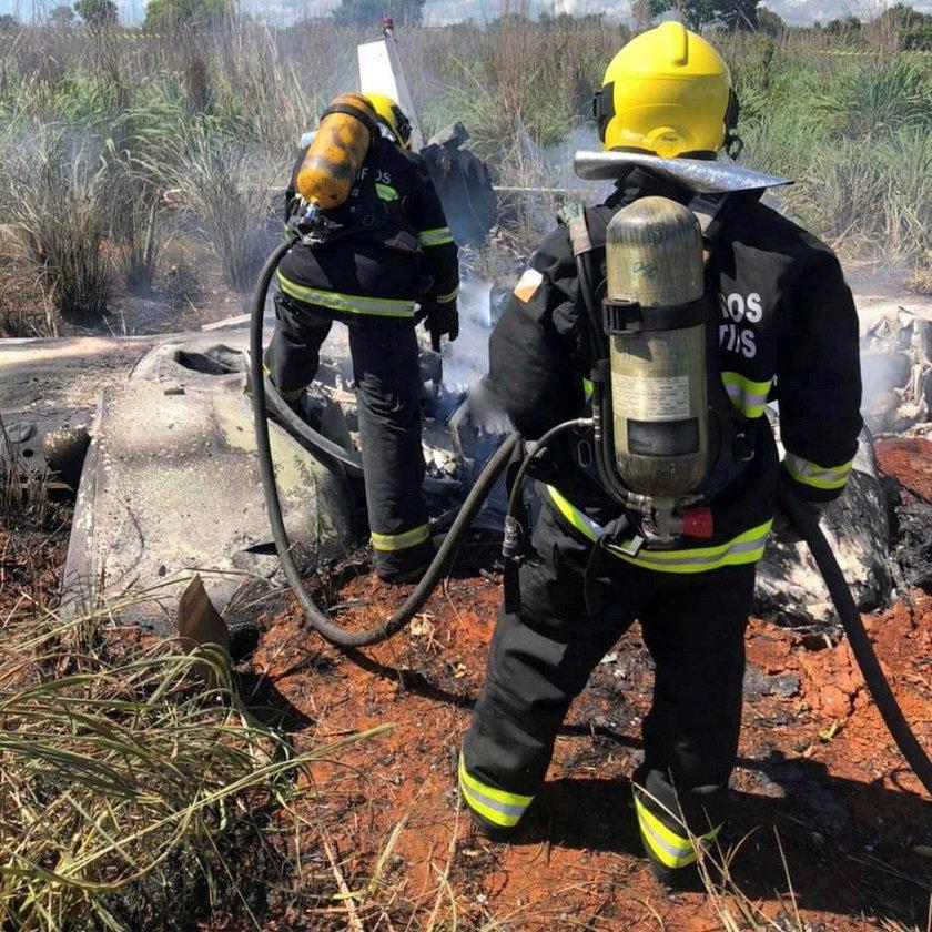 Brazilian football club Palmas president, four players and pilot dead in plane crash