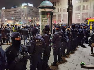 RPO pyta stołeczną policję o działania wobec posłanek podczas środowych protestów