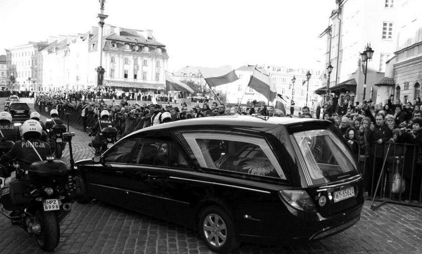 Para Prezydencka opuściła Warszawę. Jest już w Krakowie
