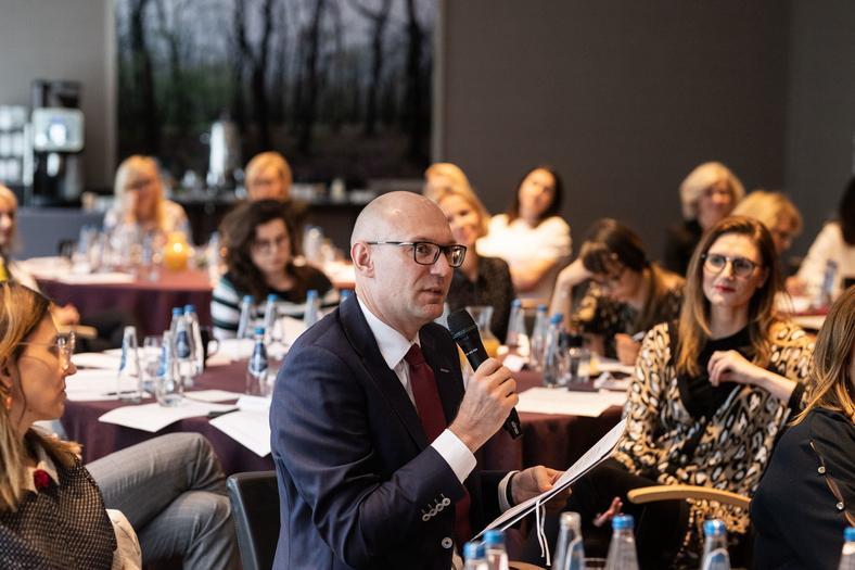 """""""Równa Firma"""" - dyskusja nad kodeksem dobrych praktyk, Sebastian Drzewiecki, Sabre Corporation"""