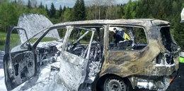 Samochód spłonął w Naprawie