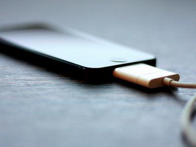Smartfony, które trzeba ładować najrzadziej