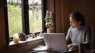 10 quick tips to be your most disciplined, productive, happy, and healthy self while working from home