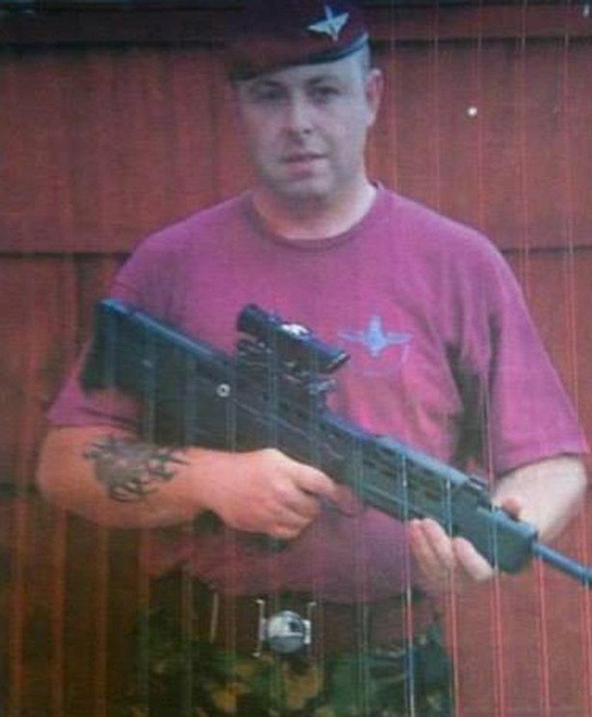 Przez 15 lat okłamywał rodzinę, że jest żołnierzem armii brytyjskiej