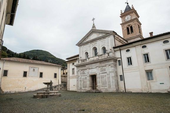 Manastir će biti renoviran i spreman da primi buduće populističke učenike 2020.