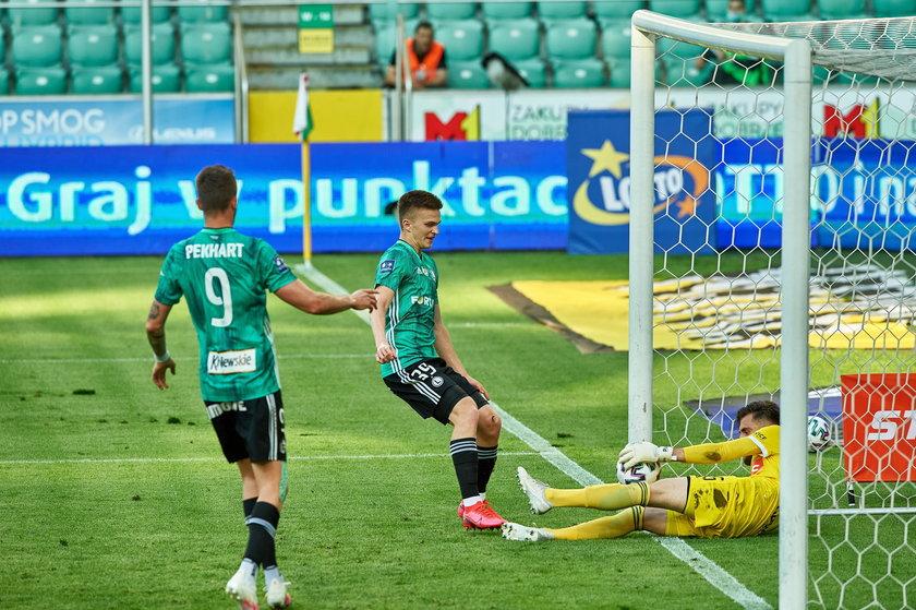 To Rosołek w debiucie z Lechem Poznań 19 października zapewnił swojej drużynie zwycięstwo, także on sprawił, że zespół z Łazienkowskiej nie poniósł porażki w sobotę z Piastem.