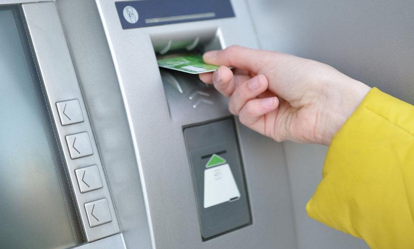 Weekend 24-26.09 prace serwisowe w bankach utrudnienia w dostępie do gotówki.
