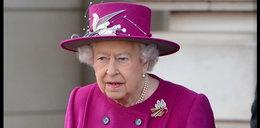 Nieproszeni goście w pałacu. Królowa przerażona