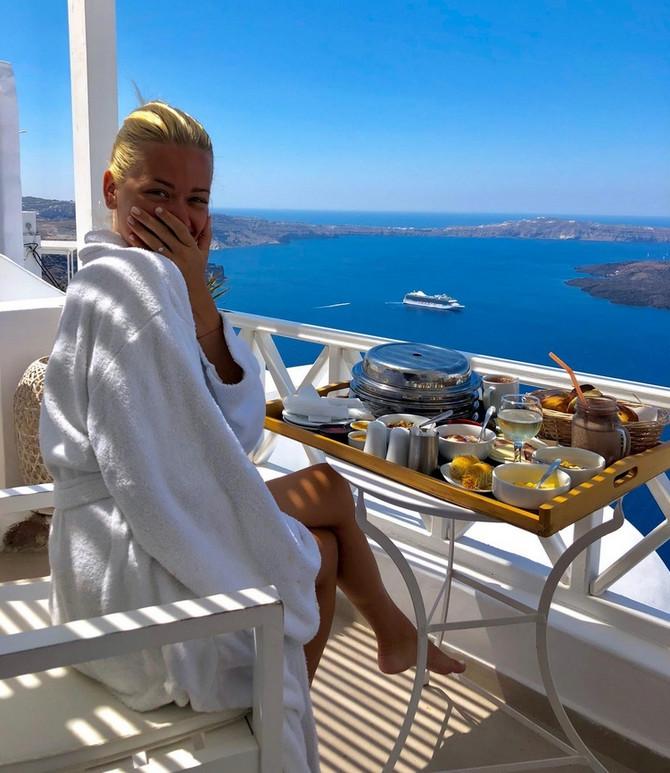 Veridba na Santoriniju kao iz sna