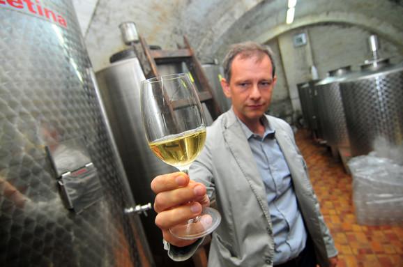 Dragoslav Ivanisević, vinarija Poljoprivrednog fakulteta u Sremskim Karlovcima