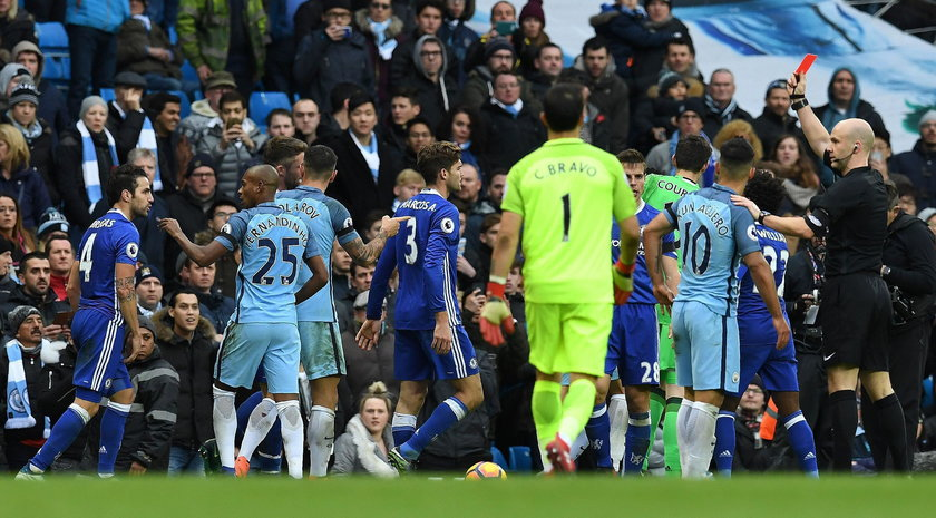 Chelsea FC i Manchester City ukarane finansowo za awantury