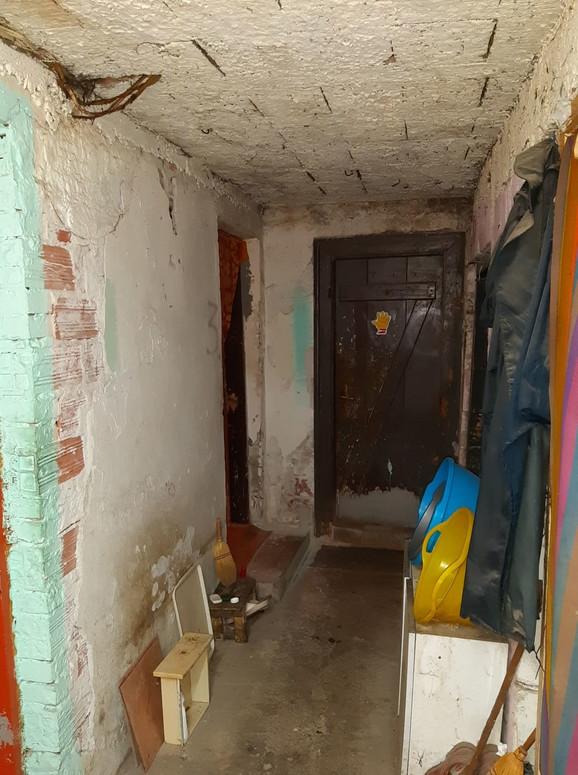 Ulaz u sobu baka Stane