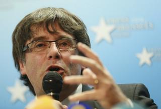 Belgia: Troje współpracowników Puigdemonta wróciło z Brukseli do Barcelony