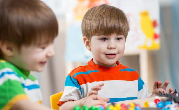 Zobowiązywanie osób prowadzących przedszkola niepubliczne do wykazywania wydatków poniesionych ponad kwotę dotacji było częstą taktyką procesową samorządów.