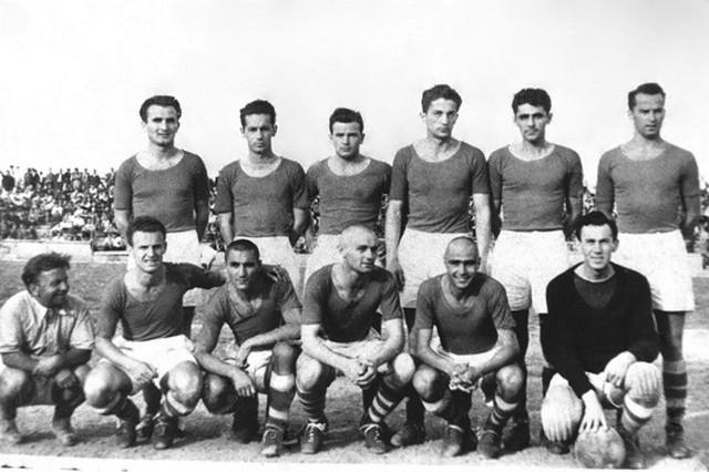 Prvi sastav FK Crvena zvezda davne 1945. godine