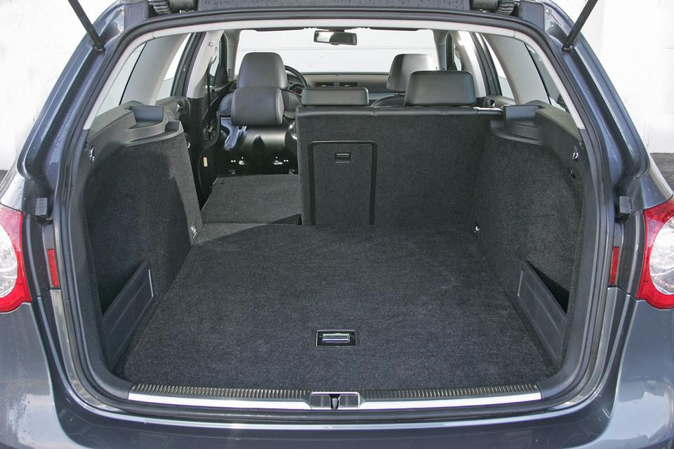 ford mondeo kontra mazda 6 volkswagen passat i toyota. Black Bedroom Furniture Sets. Home Design Ideas