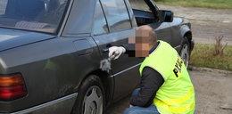 Brutalny napad na taksówkarza. Oblali go benzyną