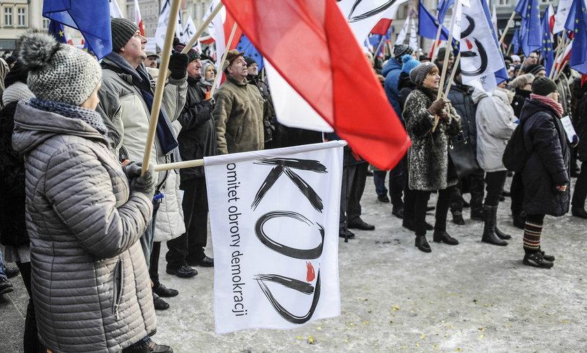 Wiec poparcia dla Lecha Wałęsy organizuje KOD