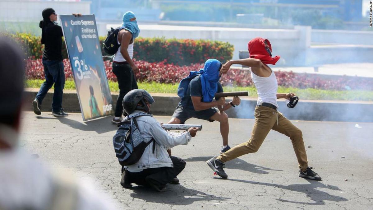 NIJE BEZBEDNO Amerika naredila odlazak porodica zvanicnika SAD iz Nikaragve