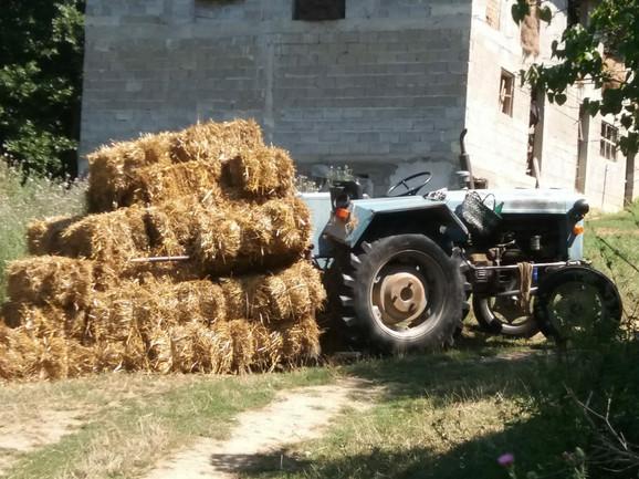 Traktor na kojem je ubijen Raja