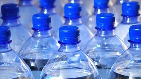 Prokuratura: płyn do utwardzania żywic znajdował się w butelce wody Żywiec