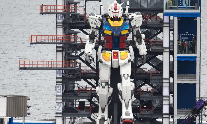 Gundam robot opening for public in Yokohama