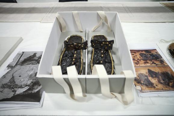 Sandale faraona Tutankamona stare 3.500 godina obnovljene su primenom najsavremenijih metoda