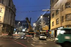 NIJE VIŠE PRETNJA Skidaju kran u Takovskoj (FOTO)