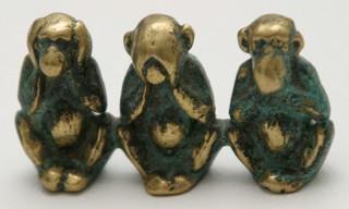 Trzy małpki, czyli jestem polityczny [OPINIA]