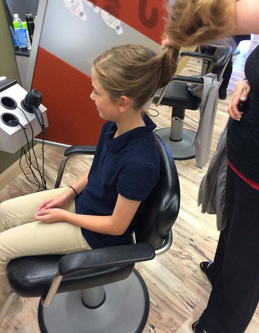 Oddała włosy chorym na raka, a koledzy w szkole ją wyzywają