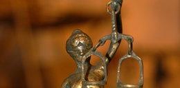 Adwokat z Jastrzębia molestował własną córkę