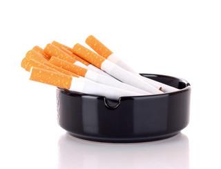 Drinki to też konsumpcja, czyli jak obchodzony jest zakaz palenia papierosów