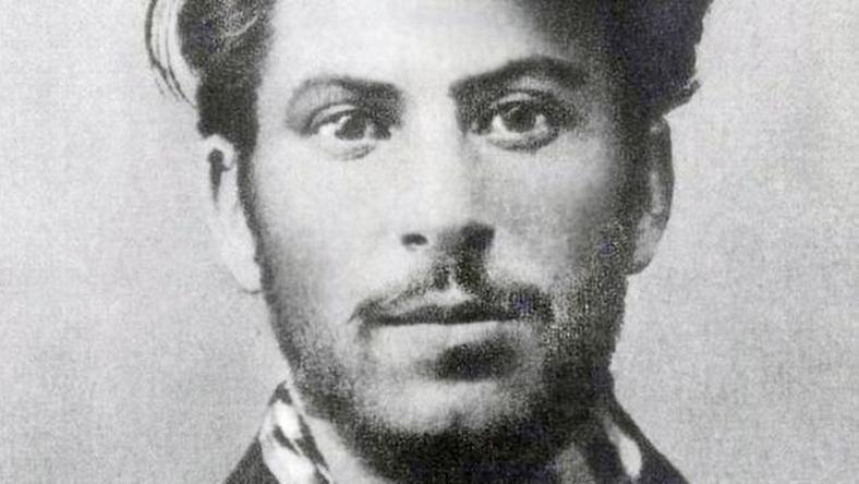 Wpadka władz Helu - zamiast Baczyńskiego na plakacie... Stalin