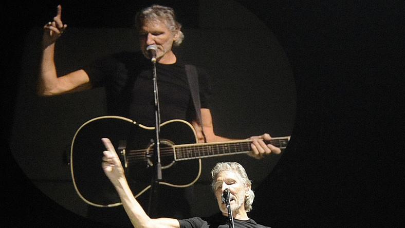 """Na Stadionie Narodowym widzieliśmy ogromne koncerty Depeche Mode, Paula McCartneya, Coldplay i wielki show Madonny. Jednak czegoś takiego jak widowisko muzyczne """"The Wall Live"""" Rogera Watersa jeszcze w Polsce nie było. 21 ciężarówek i 6 autobusów przywiezie sprzęt oraz ekipę, która będzie miała cały dzień na zbudowanie sceny, ustawienie nagłośnienia, wizualizacji i przygotowanie efektów specjalnych"""