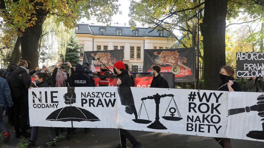 20a22042 - WARSZAWA PROTEST PRZED TRYBUNAŁEM KONSTYTUCYJNYM (protest)